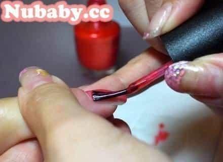 美甲教學-滿版紅色指甲油基礎塗法