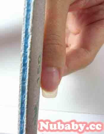 美甲教學-使用磨棒修型 調整指甲長度