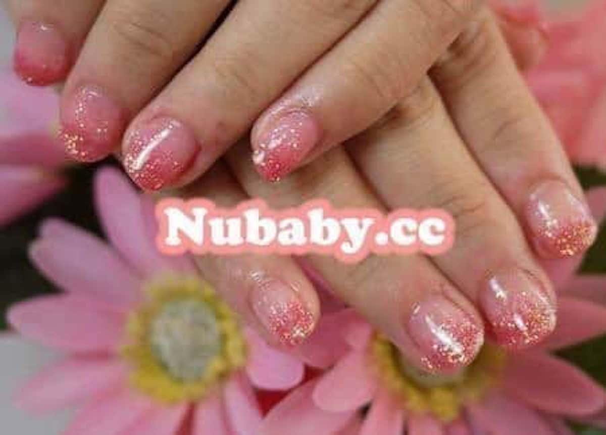 雙色粉嫩亮粉凝膠-美甲教學 修飾甲床泛黃