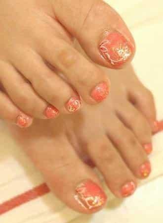 指甲教學-腳部桃色璀璨凝膠指甲