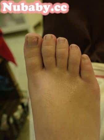 腳部保養-用精油呵護乾巴巴的足部